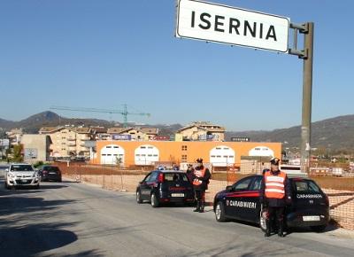 foto carabinieri in azione a Isernia