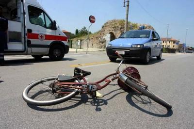 Incidenti stradali, dal 2001 aumentano le vittime della strada (+1,4%)