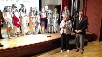 visita del sindaco Battista alla recita scolastica