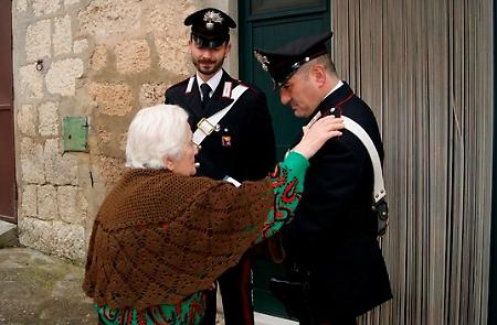 Isernia, 80enne sventa una truffa grazie ai consigli dei Carabinieri