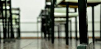 banchi di scuola