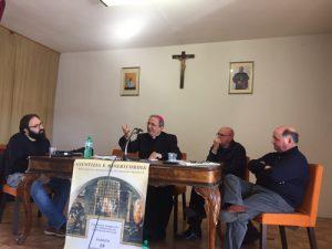 foto-seminario-ceam-carceri-016-al-centro-vescovo-cibotti