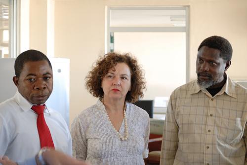 Dott.ssaRossellaLelli_IZSAM_inZambia_2011