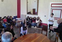incontro tra i ragazzi dell'Istituto Pertini e il sindaco