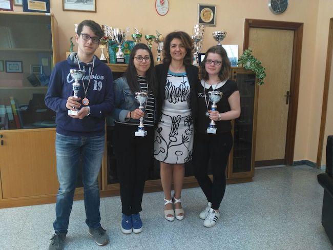 premiati tre alunni dell'I.I.S.S. Alfano