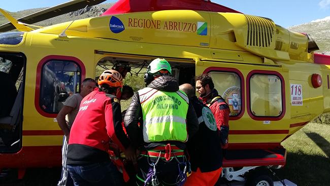 soccorso a ciclista a Roccamandolfi