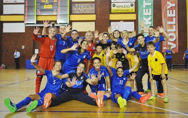 Italy v Romania - U17 Women Futsal Tournament