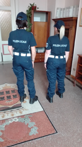 divisa nuova Polizia Municipale