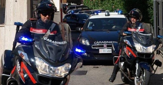 foto Carabinieri in azione