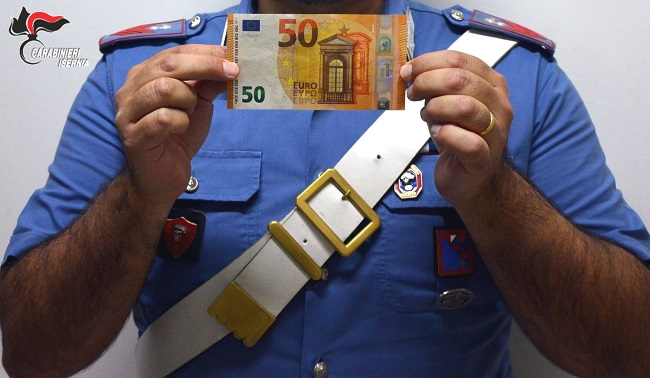 Spaccio di banconote false, 20enne fermata in provincia di Isernia