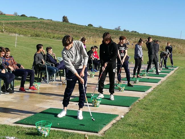 Al Liceo Sportivo di Termoli si impara il golf