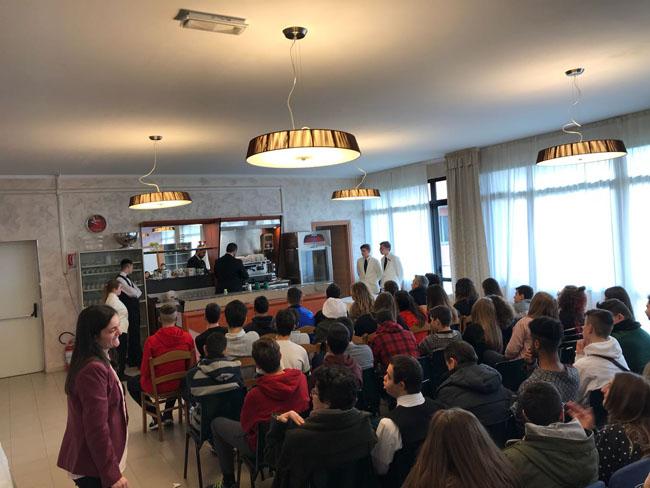 Termoli: l'Associazione Italiana Bartender & Mixologist ospiti dell'alberghiero