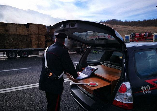 Civitanova del Sannio fuoco autoarticolato pronto intervento Carabinieri