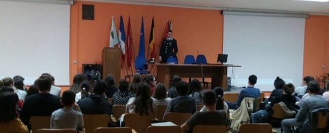 Agnone, incontro con i Carabinieri all'Istituto Tecnico Marinelli