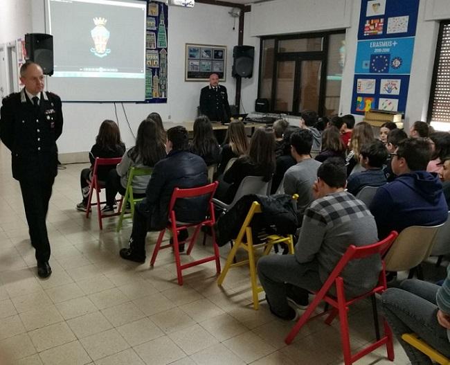Formazione alla legalità, incontro tra Carabinieri e studenti a Isernia