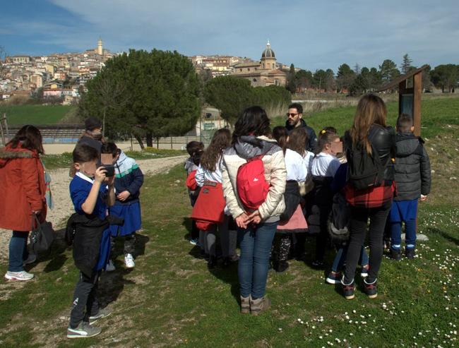 Montenero di Bisaccia: visita ai Calanchi per gli alunni di Palata