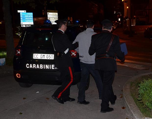 Isernia, lite furibonda per motivi passionali: due arresti