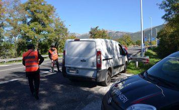 controllo furgone Carabinieri