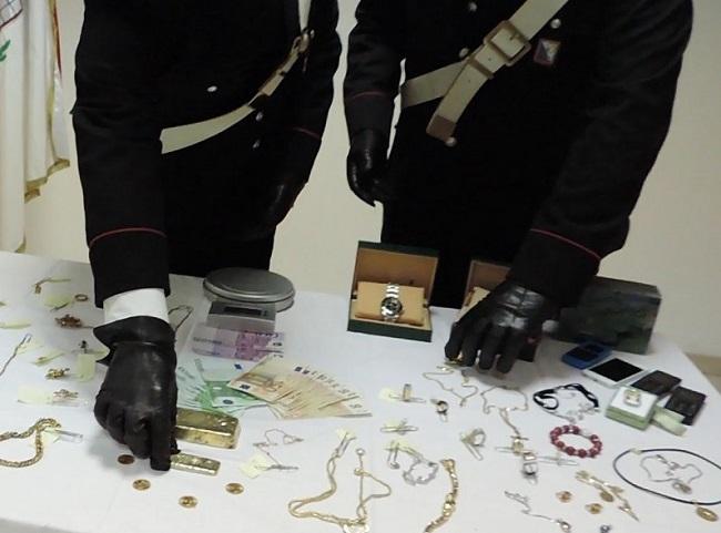Monteroduni, furto di gioielli alla sua ex: arrestato pregiudicato