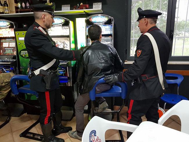 controlli Carabinieri sale slot