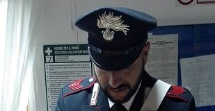 sequestro coltello Carabinieri