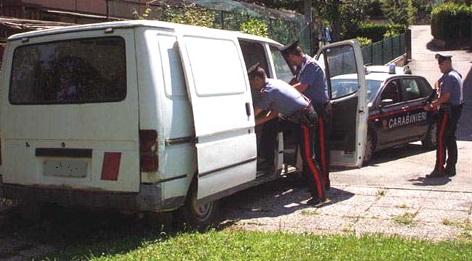 carabinieri furgone