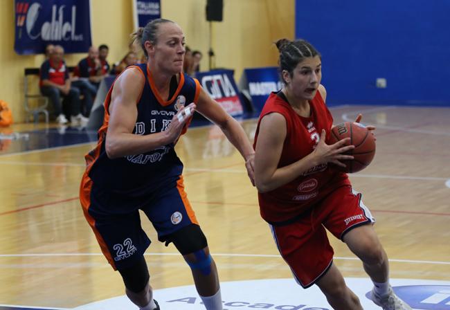 Sofia Marangoni in entrata