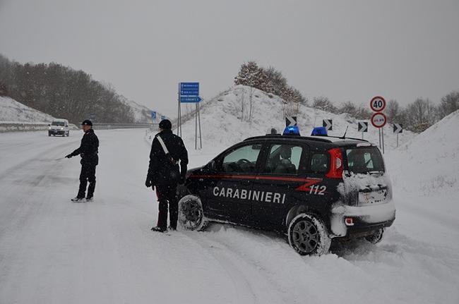 neve carabinieri intervento