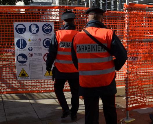 controlli cantieri Carabinieri
