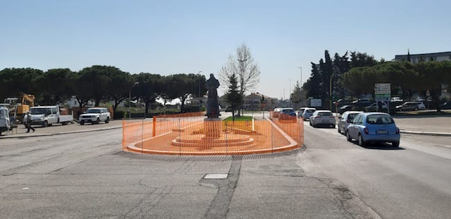 rotonda piazza papa Termoli