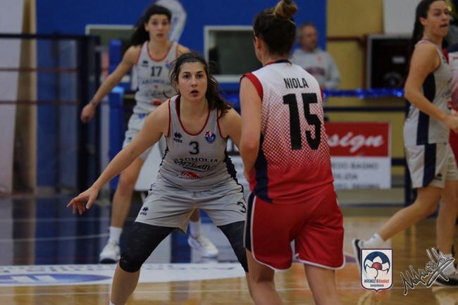 Sofia Marangoni in difesa