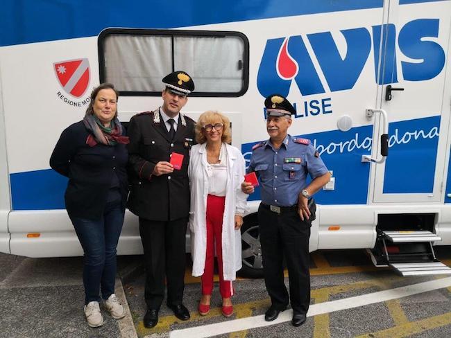 avis e carabinieri