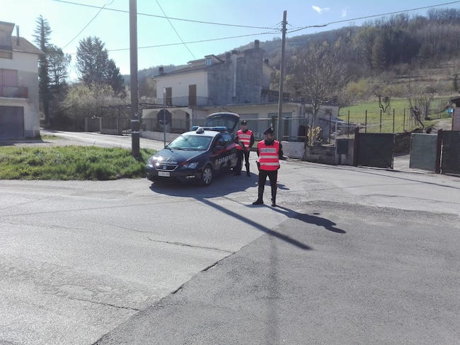 carabinieri in azione
