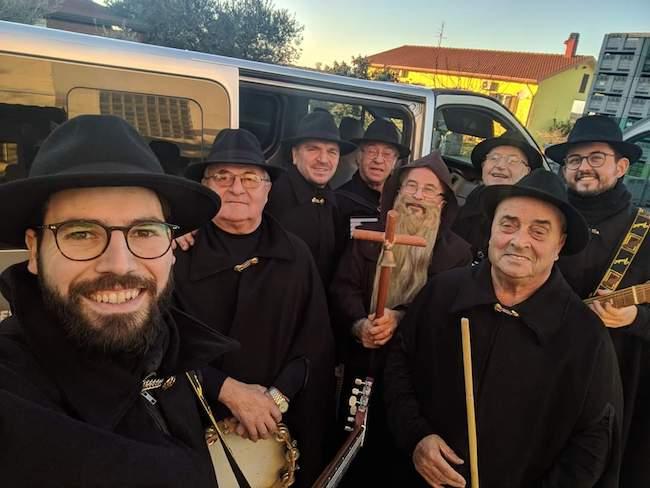 gruppo folk canoro tradizioni amiche