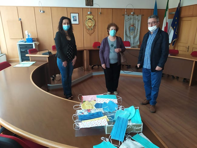 donazione mascherine guglionesi