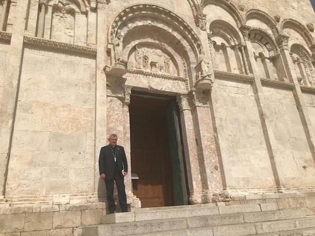 vescovo gianfranco de luca