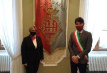 Il Console degli Stati Uniti, Mary Avery ha incontrato il sindaco Gravina