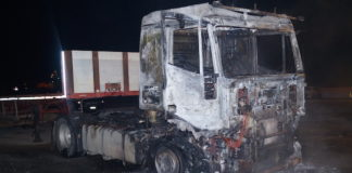 camion bruciato