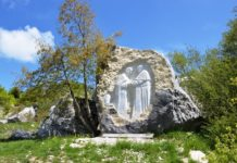 capracotta scultura incontro-immaginario papa francesco celestino v