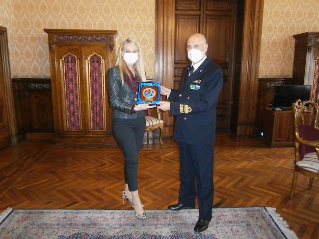 Il Sottosegretario Pucciarelli e l'Ammiraglio Ricca