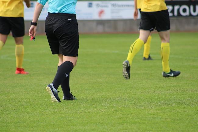 arbitro in campo