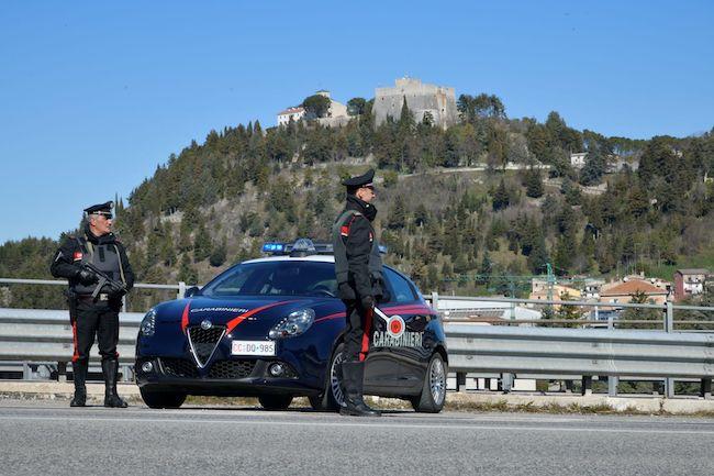 carabinieri nor