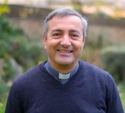 vescovo ausiliare d'angelo